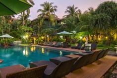 Bakung Beach Resort. Located 100 metres from Kuta Beach, features an outdoor swimming pool with sun terrace.