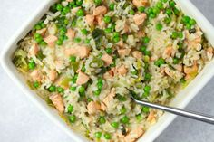 No-stir risotto with salmon, leek and peas