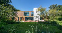 Ström Architects Design a Family Holiday Home in England  ...
