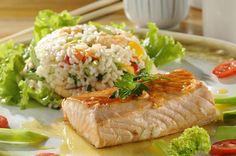 Páscoa: receita de salmão ao molho de maracujá com risoto de camarão