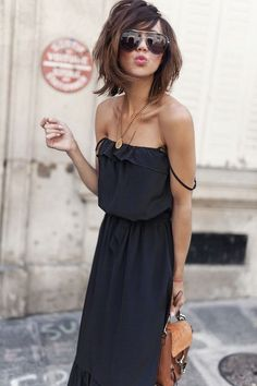 ​​The little black dress: Advice and ideas of outfits to wear it well on styleefr / … black dress dress # LesBabiolesDeZoé - Black Haircut Styles Dress Makeup, Hair Makeup, Makeup Salon, Makeup Studio, Prom Make Up For Blue Dress, Medium Hair Styles, Short Hair Styles, Black Haircut Styles, Hippie Outfits