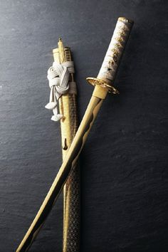 Gold sword by Masahide HIRASAWA, Japan - I would give up my house for this sword.