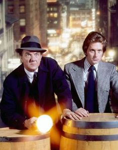 Actor Michael Douglas turns 71 today - he was born in Here he is with Karl Malden in their early hit TV show, The Streets of San Francisco. 70s Tv Shows, Old Shows, Top Des Series, Tv Series, Arnold Et Willy, Karl Malden, Cop Show, Marvel Captain America, Vintage Tv