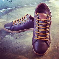 Levis Shoes Leather Brown