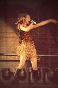 Sparks Fly - Speak Now Tour