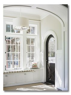 Sherwin Williams Alabaster, Benjamin Moore Halo on walls