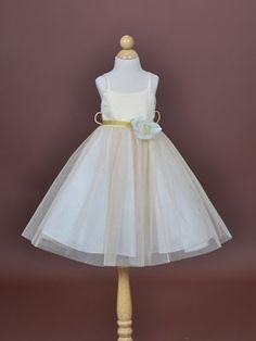 Pretty flower girl dress by dana