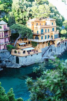 Portofino, Italy i want to go to Italy so bad! Vacation Places, Dream Vacations, Vacation Spots, Places To Travel, Great Places, Places To See, Beautiful Places, Places Around The World, Around The Worlds