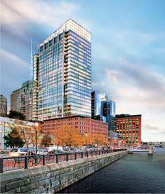 Atlantic Wharf's LEED Platinum building set the early benchmark for sustainability in Boston's construction market. Glass Building, Green Building, Leed Certification, Tower Design, Building Systems, Design Strategy, Commercial Real Estate, In Boston, Sustainable Design