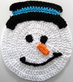 Crochet Snowman Dishcloth by Maggie's Crochet ( Crochet Hot Pads, Love Crochet, Crochet Gifts, Crochet Hooks, Knit Crochet, Crochet Snowman, Christmas Crochet Patterns, Holiday Crochet, Love Knitting