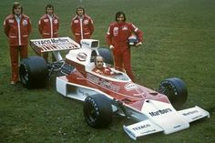 Denny, 74... Emerson, Bruce Mclaren, Slr Mclaren, Sport Cars, Motor Sport, Classic Race Cars, Racing Team, Auto Racing, Emo