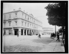 1900: Hotel Inglaterra in Havana, which is still welcoming guests today. (Library of CongreIn pictures: archive photos of Cuba's Havana from the early 1900s