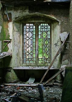 Deserted Places: Hafodunos Hall, an abandoned mansion in Wales Old Buildings, Abandoned Buildings, Abandoned Places, Abandoned Castles, Haunted Places, Old Mansions, Abandoned Mansions, Beautiful Buildings, Beautiful Places