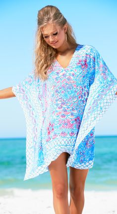 Lilly Pulitzer Lindamarie Caftan Resort White Pinchers Picnic.  This scarf dress is silky, flowy, and features an intricate engineered print just like your favorite silk scarf. Glam.