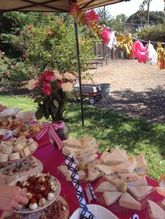 Kate Spade Inspired Bridal Shower #katespade #bridalshower #buffet