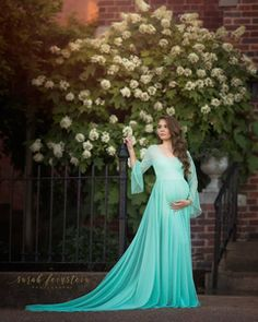411f4622d62f6 19 Best Maternity Gowns images | Maternity Photography, Maternity ...
