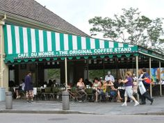 Cafe Du Monde -New Orleans, Louisiana