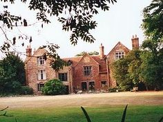 manor houses of england | old manor house is an historic house dating from the reign of king ...