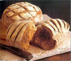 black bread  Ein weiterer Tip von Ihrem Bäcker, nie in einem Brotkasten Schwarzbrot und ...    baeckerei-glueck.de