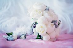 букет невесты из белых пионов bridal bouquet of peonies