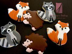 Raccoon Fox Hedgehog cookies Fox cookies Animal favor sugar cookies (1 Dozen) de MarianasBakery en Etsy https://www.etsy.com/mx/listing/385271890/raccoon-fox-hedgehog-cookies-fox-cookies