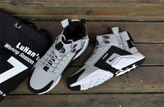 Wholesale New Arrival NIke Huarache X Acronym City MID Leather Men's Running Sports Shoes Grey / Black, NIke Huarache Acronym Winter Shockproof Warm Jogging Fitness Running Training Shoes , Outdoor Non-slip Casual Travel Sneaker Sneakers Fashion, Sneakers Nike, Black Sneakers, Sneakers Workout, Hypebeast Sneakers, Adidas Sneakers, New Nike Huarache, Huaraches Shoes, Nike Boots