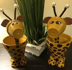 Giraffe van terracotta bloempotjes | Giraffen giraffes girafje-knutselen | knutseltips bloempotten potjes | Clay pots blumentopf-flowerpot (1)