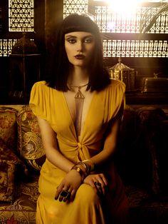 Gilda's Tryst - Cleopatra's Asp Bit Shoot
