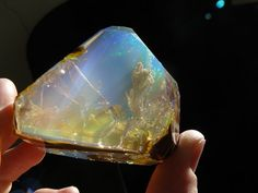 Ethiopian Welo Opal New gem found looks like the ocean in rock