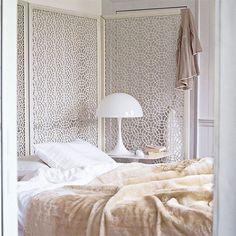 Weiß Schlafzimmer mit Bildschirm Wohnideen Living Ideas