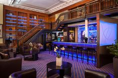 Come relax and sip your favorite drink! Botero Wine Bar - LHotel Montreal http://www.lhotelmontreal.com/default-en.html