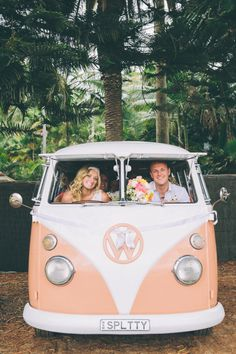 Do you want a Volkswagen van as wedding transportation? Here for you ten cool vans in a row! Volkswagen Transporter, Transporter T3, T3 Vw, Volkswagen Bus, Volkswagen Beetles, Audi R8 V10, Audi Tt, My Dream Car, Dream Cars