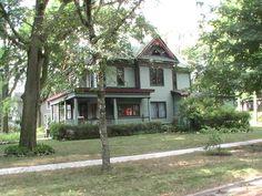 705 South Mill Street ~ Pontiac, Illinois