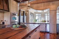 Beautiful Kitchen Design Ideas and Photos - Zillow Digs