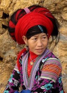 Vietnam – Red Hmong woman