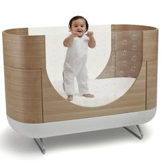 Pod Cot - ultra modern baby crib that converts to a junior bed. This would be great to hold their stuffed animals in when they outgrew the junior bed :) Modern Baby Cribs, Unique Baby Cribs, Modern Nurseries, Girl Nurseries, Contemporary Cribs, Nursery Works, Junior Bed, Convertible Crib, Nursery Furniture
