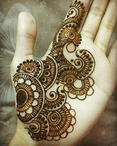 Mehandi design has a Different place in our heart. Keep this above statement in our mind we come with a great collection of lastest Mehandi Design. Henna Art Designs, Mehndi Designs For Girls, Mehndi Designs 2018, Mehndi Designs For Beginners, Modern Mehndi Designs, Mehndi Designs For Fingers, Wedding Mehndi Designs, Mehndi Design Pictures, Beautiful Mehndi Design