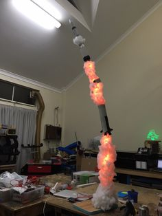 AWESOME model rocket lamp made with LEDs and pillow stuffing Build A Rocket, Diy Rocket, Rocket Lamp, V Model, Cloud Lamp, Military Diorama, 3d Prints, Geek Gifts, Model Building
