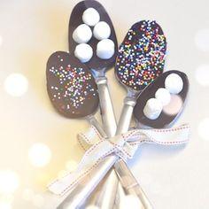 chocolate dipped spoons up on girlavantgarde.com