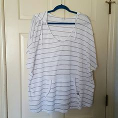Short sleeve hoodie top This is a lightweight knit sweater hooded top. liv for Lane Bryant Tops Tees - Short Sleeve