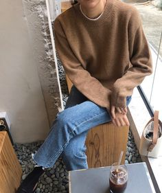 Death By Elocution Androgynous Fashion, Tomboy Fashion, Fashion Outfits, Tomboy Style, Women's Fashion, Weekend Style, Comfortable Fashion, Minimalist Fashion, Minimalist Style