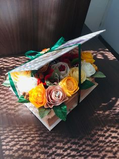 #paperflowers #crepepaper Crepe Paper, Paper Flowers, Container, Gift Wrapping, Gifts, Paper Wrapping, Presents, Wrapping Gifts, Gifs