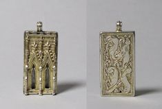 The original pendant from the Metropolitan Museum in New York  Material: silver, gold gilt  Dimensions: 57mm x 25mm x 7mm  Dating: late 14th century