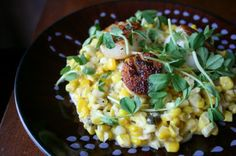 Creamed Corn and Scallops  A beautiful seafood dish that tastes amazing. -  foodiedelicious.com  #Seafood #Seafooddishes