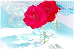 Geburtstagsparty im Freien dekorieren Tischdeko zum 50. Geburtstag, in Türkis und Rot