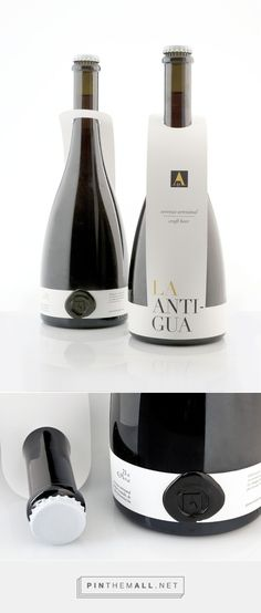 La Antigua Craft ‪#‎Beer‬ designed by Javier Garduño Estudio de Diseño - http://www.packagingoftheworld.com/2015/04/la-antigua-craft-beer.html