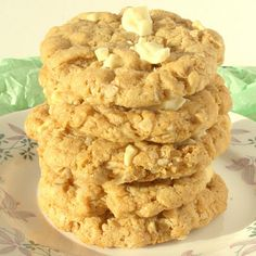 Flourless White Chocolate and Peanut Butter Cookies Recipe Desserts with peanut butter, honey, large eggs, oats, cinnamon, bicarbonate of soda, white chocolate