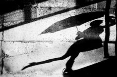 A collection of shadow photography demonstrating how shadows can be used creatively by photographers to capture high contrast and distinct values of light. Portrait Photography Tips, Shadow Photography, Artistic Photography, Vision Art, Shadow Photos, Umbrella Art, Walking In The Rain, Parasol, Graphic Design Inspiration