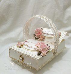 Wild Orchid Crafts: Picnic Box Tutorial