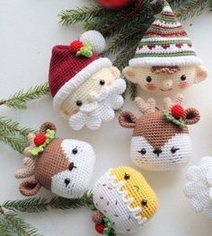 25 Crochet Christmas Patterns to Try - A More Crafty Life Crochet Christmas Decorations, Christmas Stocking Pattern, Crochet Christmas Ornaments, Crochet Decoration, Noel Christmas, Christmas Knitting, Christmas Patterns, Crochet Ornament Patterns, Holiday Crochet Patterns
